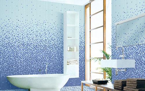 ванная выложенная мозаикой